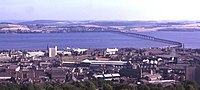 Dundee and the Tay Bridge - geograph.org.uk - 3162.jpg