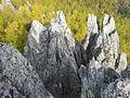 Dvuglavaya sopka cliffs.jpg