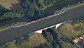 Elbe Seitenkanal, Straßenüberführung, Luftaufnahme (2014).JPG
