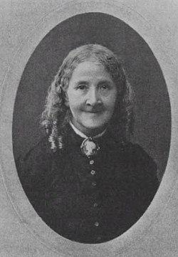 Elizabeth wolstenholme 001
