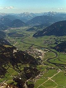 Údolí řeky mezi stainachem a liezenem