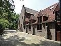 Enschede, voormalig klooster Dolphia, kloosterkerk achter Bernadettekerk.jpg