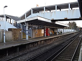 Erith railway station, December 2014 i06.JPG