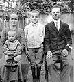 Family, portrait, kid, mother, tableau Fortepan 3800.jpg
