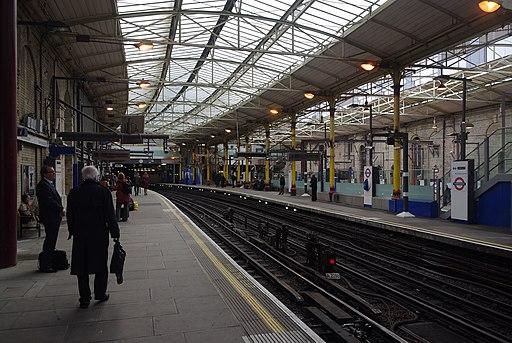Farringdon station MMB 24