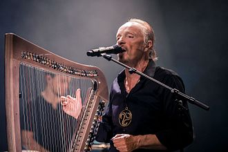 Alan Stivell - Stivell in concert at Festival de Cornouaille (Quimper, Brittany), 2016