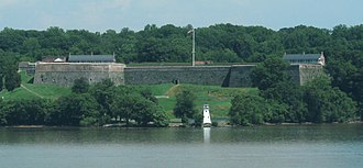 Fort Washington Park - Image: Fort Washington from across the river