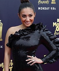 Francia Raisa at MTV Awards.jpg