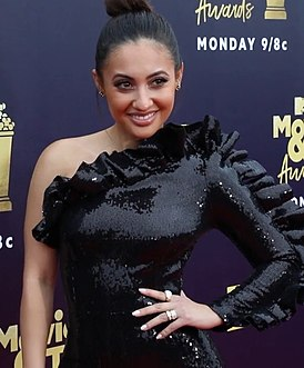 Francia Raisa at MTV Awards.jpg
