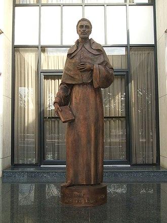 Luis de León - Statue of Fray Luis de León on display outside the Gran Teatro in Santiago de los Caballeros in the Dominican Republic.