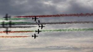 File:Frecce Tricolori Aermacchi MB-339 Tour de Sky 2014-08-10 02.webm