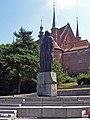 Frombork, Pomnik Mikołaja Kopernika - fotopolska.eu (20808).jpg