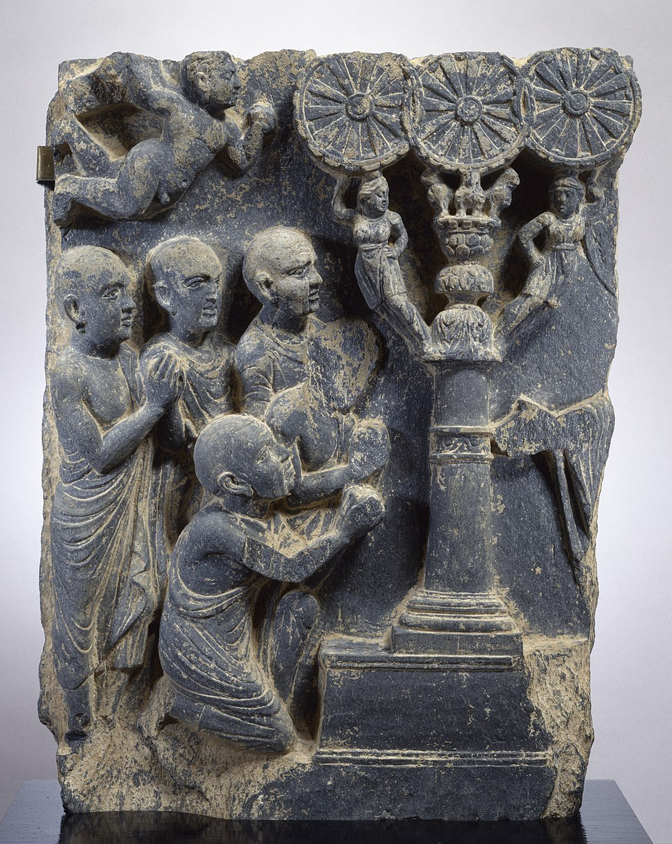 Gandharan - Expounding the Law - Walters 2551