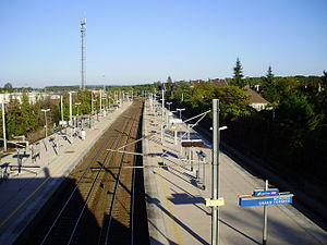 Achères - Grand-Cormier Station - Upper view of the station