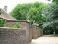 Gate guardians at Ockenden Manor - geograph.org.uk - 1366236.jpg