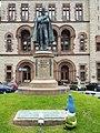 General Schuyler statue at Albany, New York City Hall (34064550604).jpg