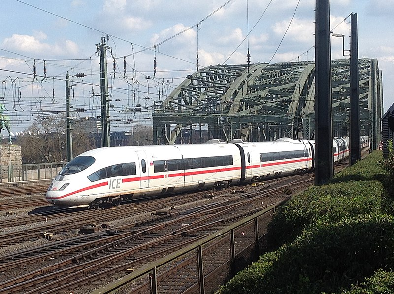 File:German Railways ICE TD train at Cologne, Hohenzollern Bridge - Deutsche Bahn ICE TD - Köln, Hohenzollernbrücke (26431595882).jpg