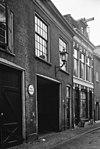 foto van Pand met lijstgevel, stal 19e eeuw