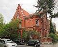 Gründerzeitvilla - Hannover-Linden Niemeyerstraße-Ecke Kirchstraße - panoramio.jpg