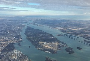 Grosse Ile (Michigan) - Aerial view of Grosse Ile in January 2016