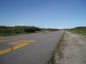 Arendal Airport, Gullknapp - Image: Gullknapp 3