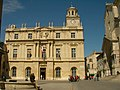Hôtel de ville, tour de l'horloge (Arles).jpg