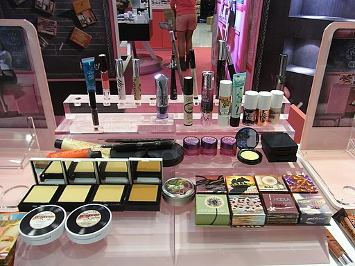 HK TST Harbour City Cosmetic products booth Aug-2012