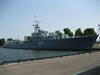 HMCS Haida - Haida moored at Pier 9 in Hamilton
