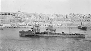 Grampus entering Valletta harbour, Malta, 1916