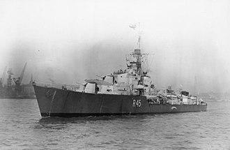 HMS Tenacious (R45) - HMS Tenacious underway on the River Mersey, c1943 (IWM)