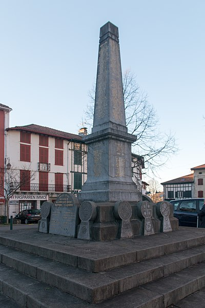 War memorial in Hasparren.