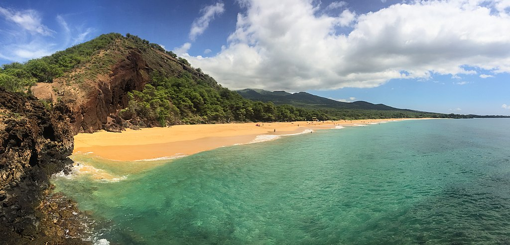 Hawaii Maui Makena Big Beach (22649774315)