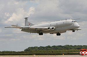Hawker Siddeley Nimrod - Nimrod R1 XW665 landing during Waddington Airshow 2009