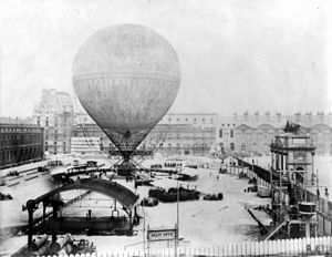 Eugène Godard - Image: Henri Giffard's grand balloon before ascent, Tuileries, Paris, 1878