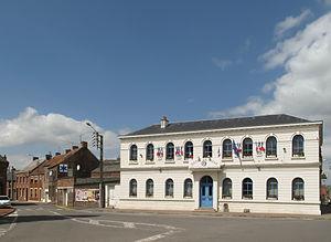 Hergnies - Image: Hergnies, stadhuis foto 4 2013 05 09 13.09