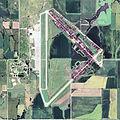 Herington Regional Airport KS 2006 USGS.jpg