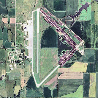Herington Army Airfield - 2006 USGS photo of the former Herington Army Airfield