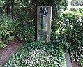 Hermann Pünder -grave.jpg