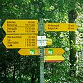 Hiking sign Heerbrugg Hümpelerwald.jpg