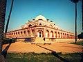 Humayun Tomb Symmetric.jpg