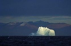Iceberg, Greenland Sea (js)1.jpg