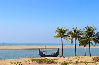 Inani Beach in the day (21 February 2014).jpg