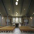 Interieur, overzicht richting het westen, met zicht op het orgel aan weerszijden van de ingang van de kerk - Overloon - 20389046 - RCE.jpg