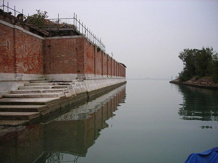 Isola di Poveglia - panoramio - Angelo Meneghini (1)