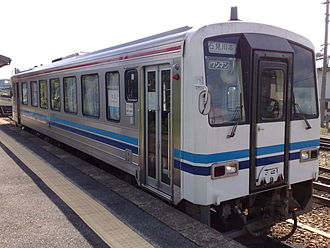 Sankō Line - A JR West KiHa 120 diesel car in September 2008