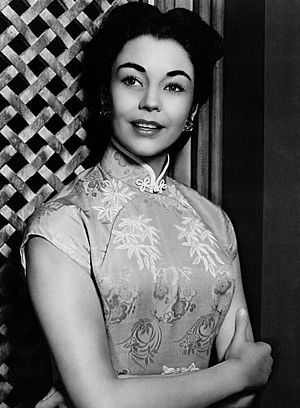 Jennifer Jones - in Love Is a Many-Splendored Thing (1955)