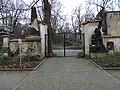 Jičínská, Olšanské hřbitovy, brána II. hřbitova.jpg