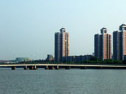 Jiefang Bridge in Ningbo.jpg
