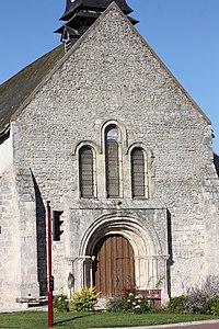 Jouy-le-Potier - Eglise Saint-Pierre.jpg