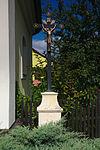 Kříž vedle kaple, Strhaře, okres Brno-venkov.jpg